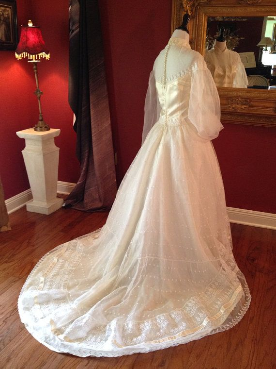Lace wedding dress bustle types of poetry