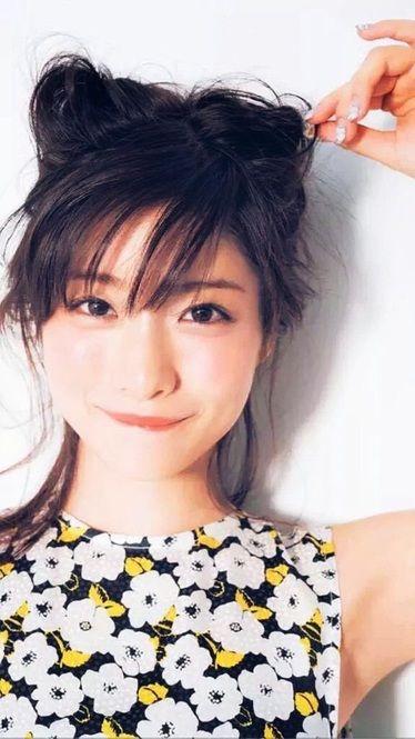 共演者もハマる♡石原さとみに学ぶ愛され女子になる5つの方法 - Locari(ロカリ)