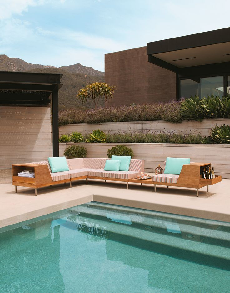 JANUS et Cie - Tiempo Collection Designed by Jorge Pensi Design Studio  luxurious poolside | luxury outdoor lounge | modern pool lounge | luxury outdoor furniture | luxury poolside lounge | outdoor living | JANUS et Cie | glamorous places | luxury home design | interior design | backyard style | outdoor décor | home décor | modern design | modern furniture | industrial design | midcentury design