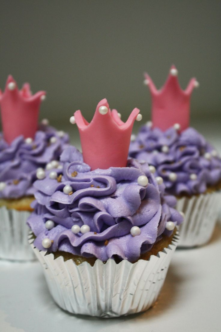 Princess Tiara Cupcakes Frosted Bake Shop Pinterest