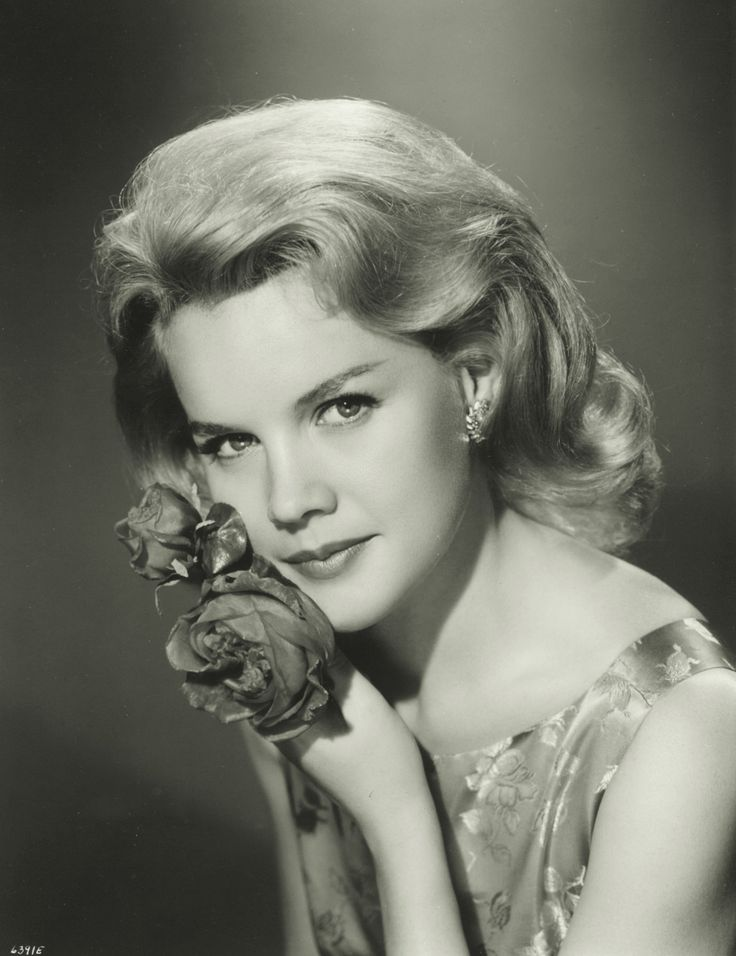 "Carroll Baker - left the movie world to enter the convent.  Played opposite Roger Moor in ""The Miracle.""  Loved the soundtrack of this movie!"