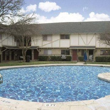 Aspen Chase affordable apartments in San Antonio TX found on America s  Number 1 affordable apartments and senior housing website  http www afforda Aspen Chase affordable apartments in San Antonio TX found on  . Affordable Apartments San Antonio Tx. Home Design Ideas