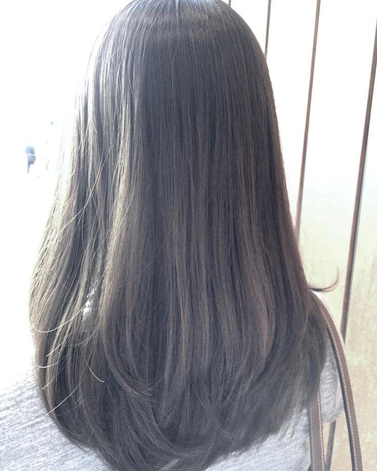 全体5cmカットのロングレイヤースタイルカラーはこの夏オススメハイトーンのイルミナヌーディフォレスト #神戸 #三ノ宮 #三宮 #美容室 #ヘアカラー…