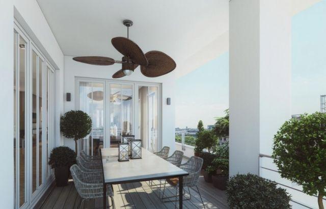 Großartige Wohnung in Loft-Stil-bodenlange Vorhänge-Parkett Belag ...