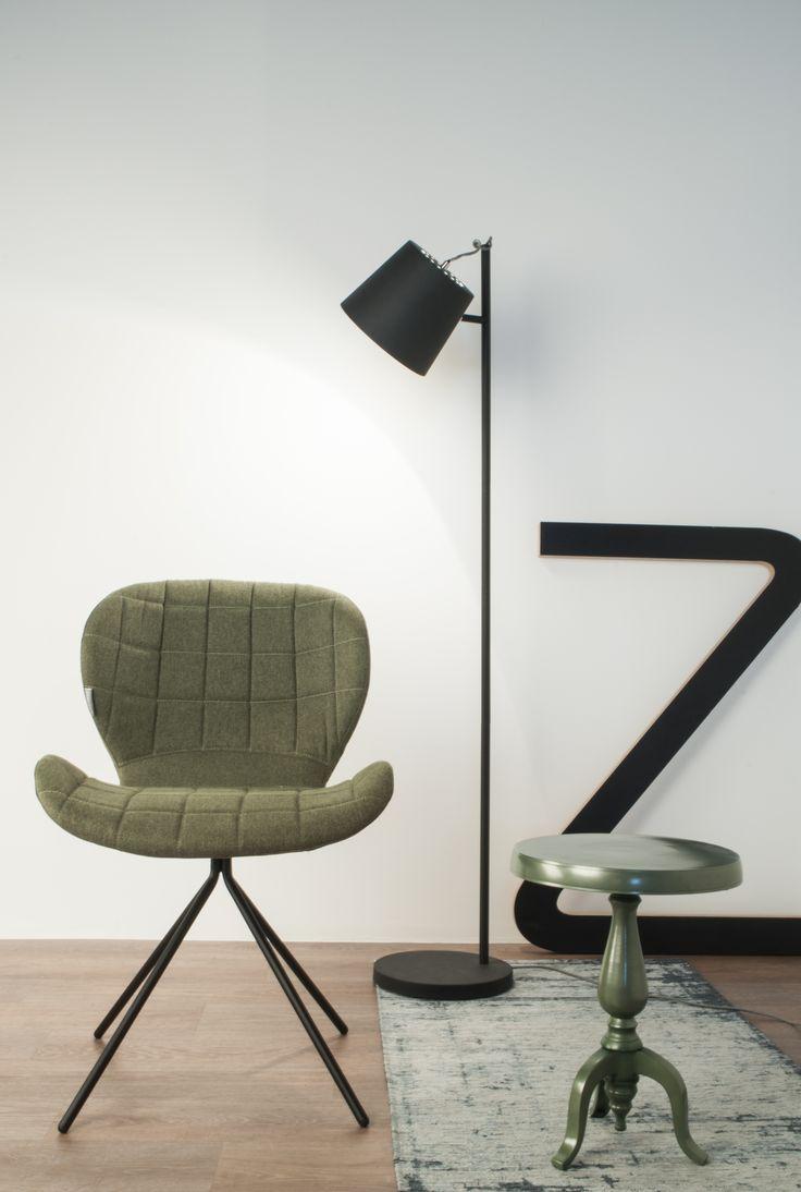 Creëer een leeshoekje waarin je je lekker terug kunt trekken met een boek #zuiver #chair