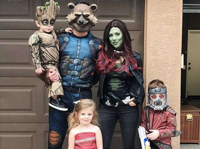 69ab8dcac98 17 Halloween Costumes Your Whole Family Can Get In On   Holiday ...