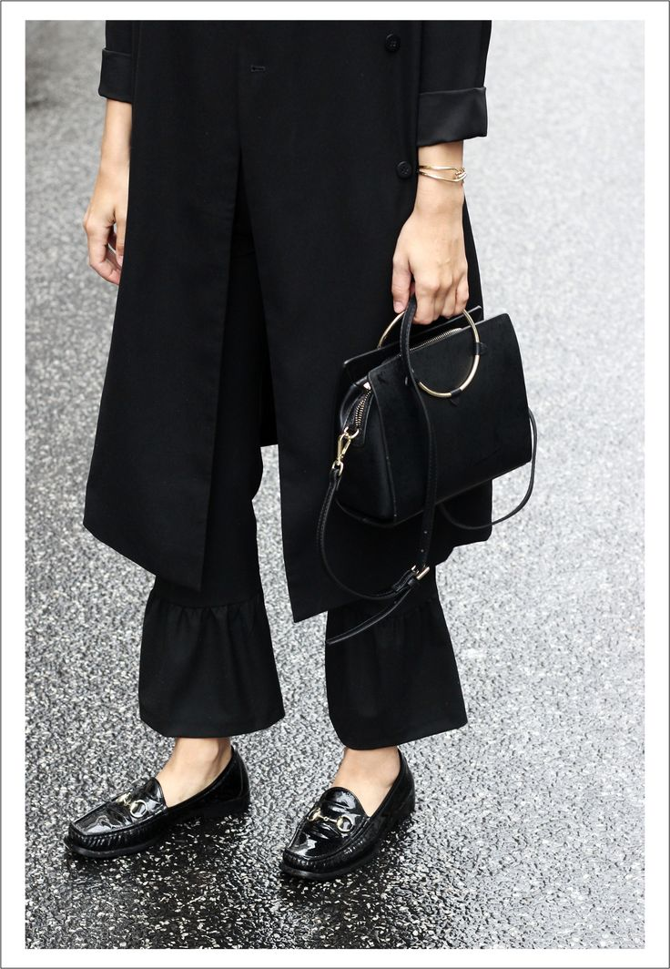Volant trousers, ring bag and Gucci Loafers.