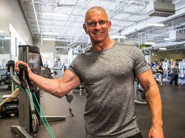 Hear from Food Network's Robert Irvine as he dishes on his exercise and healthy-eating routines, plus shares his strategy for prioritizing workouts.