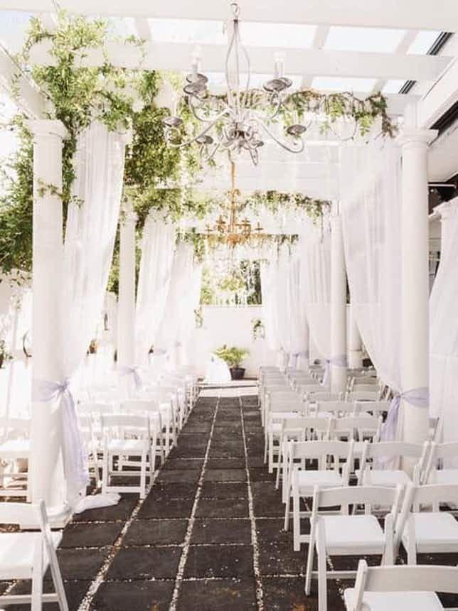 Marquee Manor Wedding Venue Savannah Ga 31401 In 2020 Savannah Wedding Venue Wedding Venues Smallest Wedding Venue