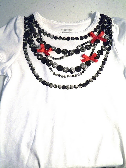 the Rockin' Necklace Tee