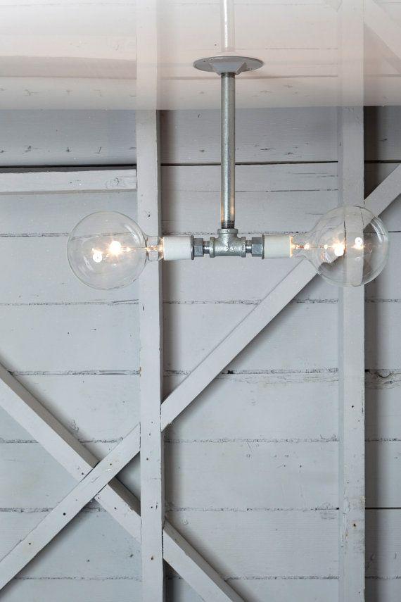 CdC, los tubos pueden volar hasta el techo, mira...mira. Industrial Lighting Drop Pendant Pipe Light Double by IndLights