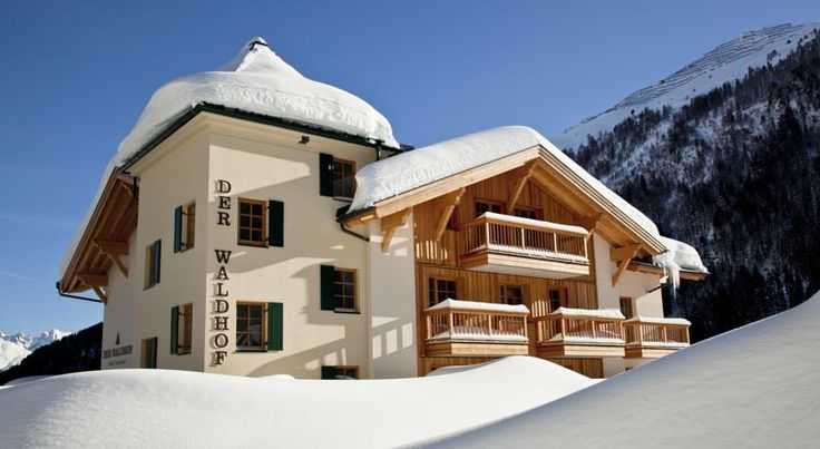 Der Waldhof Sankt Anton am Arlberg Der Waldhof is a family-run hotel in a very quiet location above St. Anton.  It offers Alpine-style rooms with balcony, a spa area, large sun terrace and panoramic mountain views.