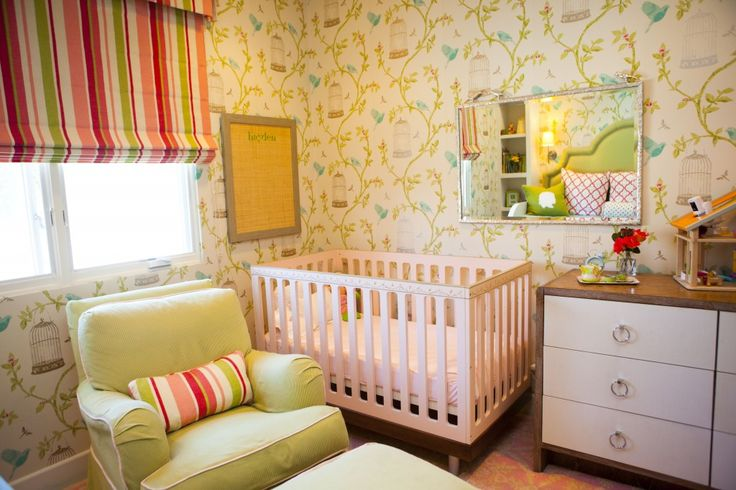 Girl's Toddler Room: The wallpaper adds a soft, feminine touch to this transitional room!: Toddlers Rooms, Toddler Girl Rooms, Toddlers Girls Rooms, Toddler Girls, Rooms Ideas, Classic Cribs, Toddlers Bedrooms, Girls Toddlers, Kids Rooms