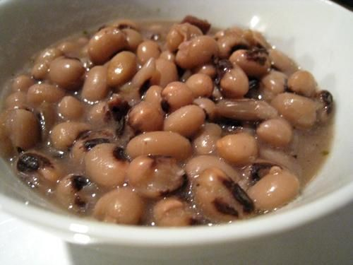 Traditionally cooked and enjoyed on New Years, black eyed peas are a Southern-style favorite and can be eaten anytime. Rich in protein and fiber, this slow carb side dish puts the yum and fun into power peas. Remember, this lucky dish can be enjoyed right now. For recipe go to www.mydietfreelife.com