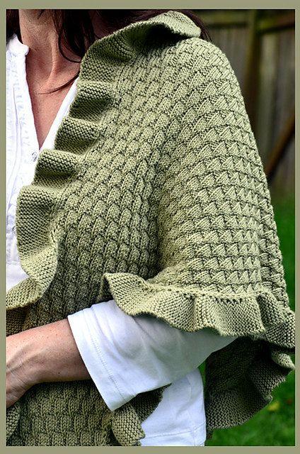 Knitting Pattern For Kate Middleton s Shawl : Hand Knitted Shawl mimicking Kate Middletons from the needles of Debonai...