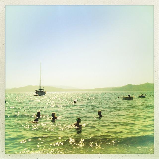 3.) ich liebe schon immer das Meer aber momentan ganz besonders. Hab dich vermisst alter Freund!