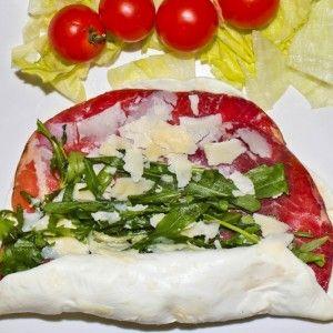 Sfoglie di mozzarella di bufala farcite alla bresaola: http://www.puntovitale.net/shop/altri-prodotti-di-latte-di-bufala/sfoglie-di-mozzarella-di-bufala-farcite-alla-bresaola