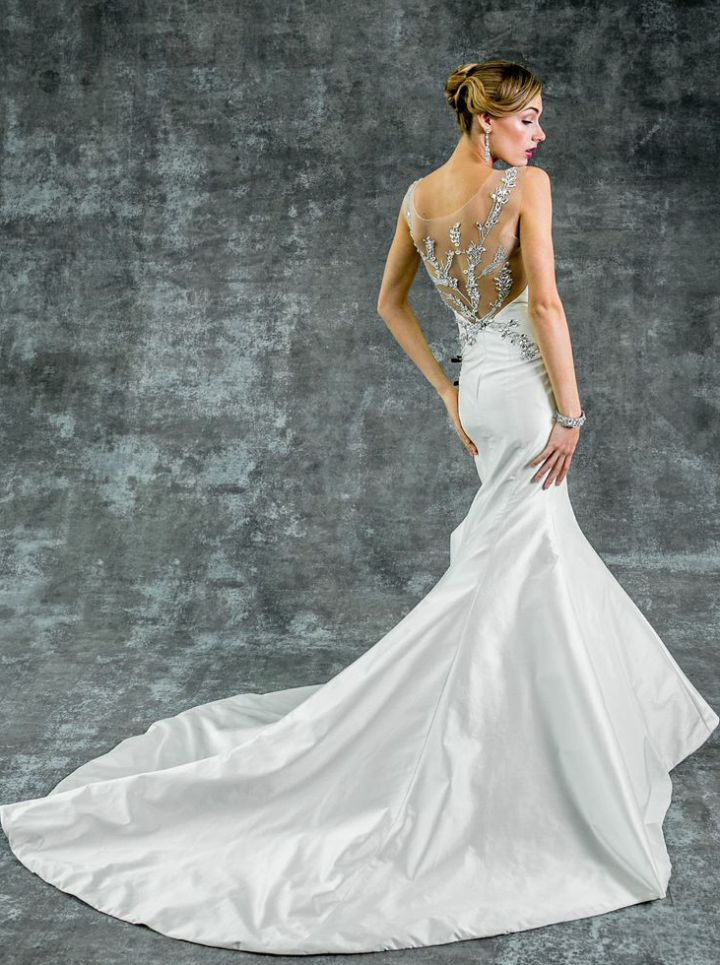 To see more fabulous Isabelle Armstrong Wedding Dresses 2015: http://www.modwedding.com/2014/11/14/editors-pick-isabelle-armstrong-wedding-dresses-2015/ #wedding #weddings #wedding_dress