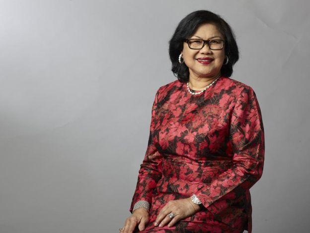 3 Amaran Rafidah Aziz buat ahli politik bosan sikap ibu bapa manjakan anak nakal sampai cikgu yang kena tukar   Bekas Menteri Perdagangan Antarabangsa dan Industri Tan Sri Rafidah Aziz mengulang lagi amarannya kepada semua pihak agar tidak mempolitikkan tiga perkara.  Tiga amaran Rafidah Aziz untuk ahli politik  Menurutnya tanpa ada apa alasan sekalipun hal berkaitan agama bangsa dan pendidikan tidak boleh sesekali dikaitkan dengan politik.  Saya selalu cakap jangan campurkan agama dengan…