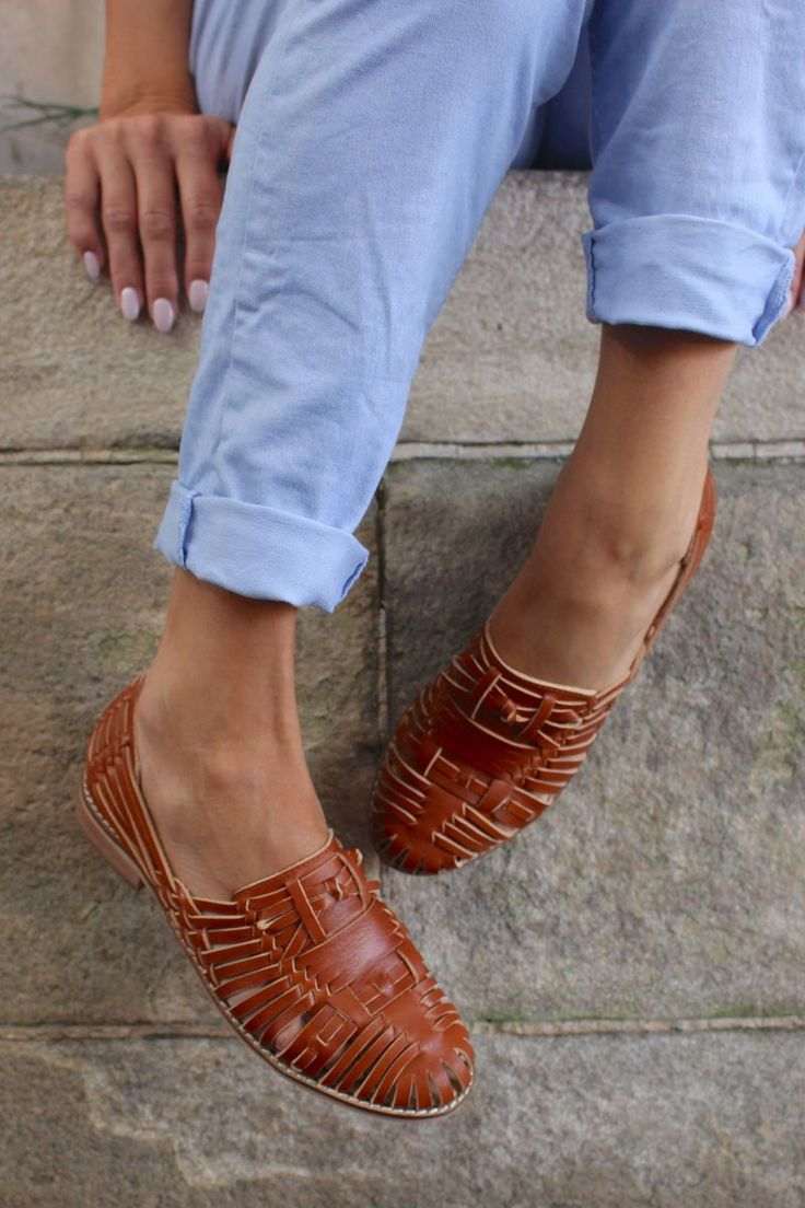 Inspired by traditional Mexican sandals, these have become a Border classic.These are perfect with denim, or shorts, but we also love them with a s...