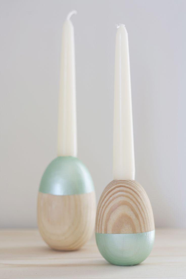 Wooden Egg Candle Holder - Candelabro de madera en forma de huevo