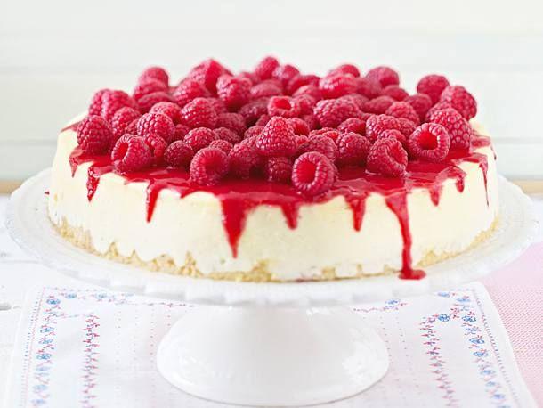 New York Cheesecake mit Himbeeren Rezept | LECKER