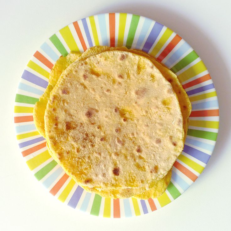 Vous aimez les fajitas, enchiladas, burritos et autres plats mexicains ? Faites donc vos propres tortillas au maïs ! (recette en images)