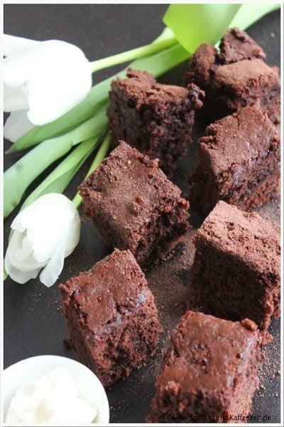 Sonntags ist Kaffeezeit: Backen ohne Tiere - Kirsch Brownies vom Blech - Le...