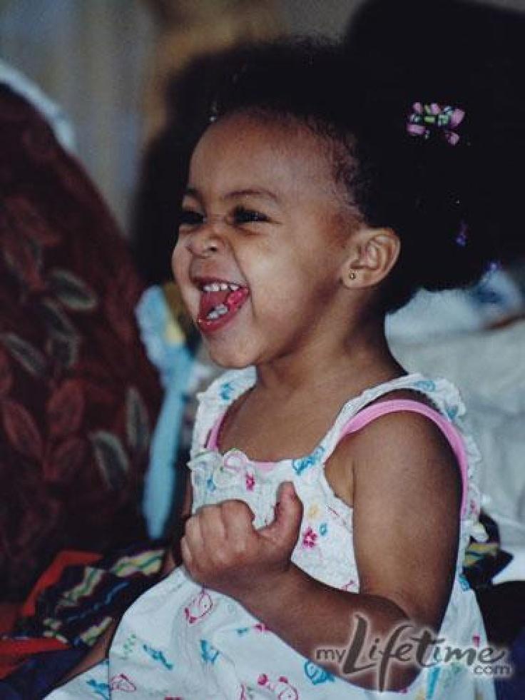 baby nia. haha. Sooo adorable | i love dance moms ...