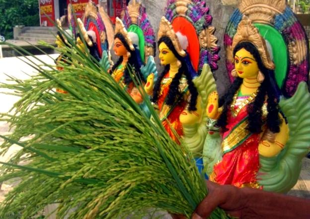 It's Time to Bring Home the Goddess of Wealth and Celebrate Lakshmi Puja!