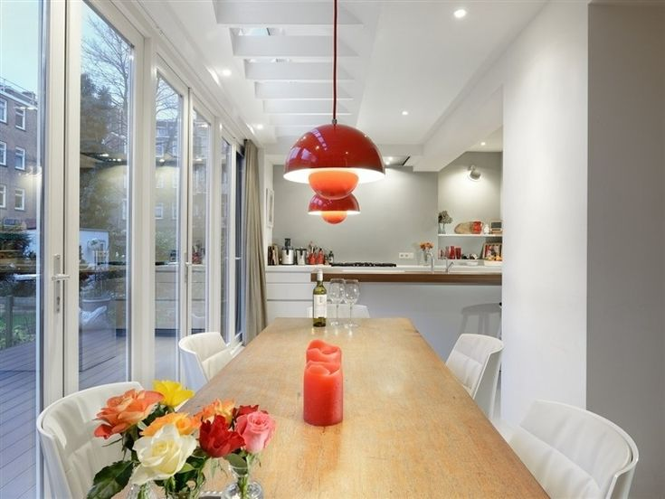 Modern light House Extension designed by Bloem en Lemstra Architects located in Amsterdam, The Netherlands.