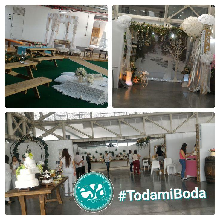 Ensambles y Adornos en TodamiBoda Medellín con los mejores diseños e insumos para decoración, arreglos y centros de mesa para bodas y fechas especiales de todo el año