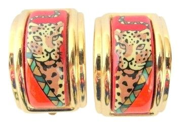 Hermes Clip On Panther Earrings Gold Tone with Orange Box. Get the lowest price on Hermes Clip On Panther Earrings Gold Tone with Orange Box and other fabulous designer clothing and accessories! Shop Tradesy now