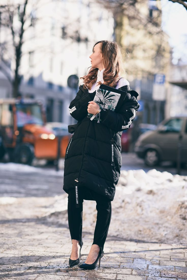 #HoodedQuiltedCoat #Zaful  #StirrupPants #AboutYou #Highheels #MichaelKors #IpadSkin #caseapp #coat #blackcoat #pants pumps http://fashiontipp.com