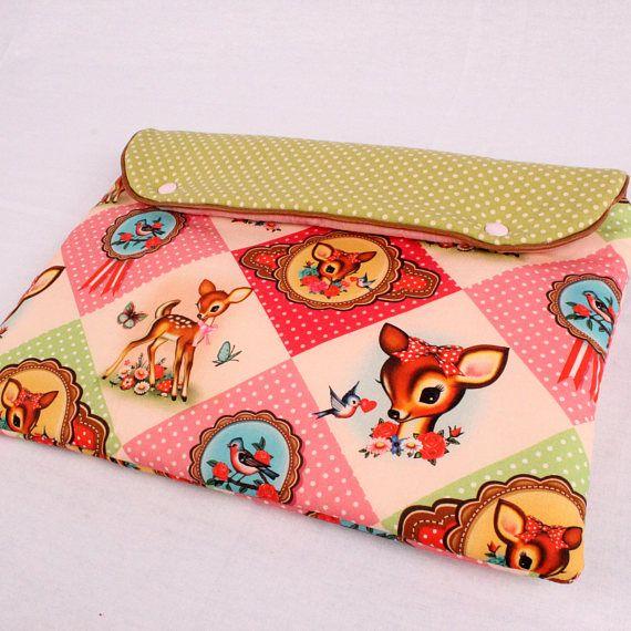 Bekijk dit items in mijn Etsy shop https://www.etsy.com/nl/listing/512725632/roze-retro-macbook-sleeve-13-inch