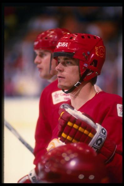 Rightwinger Hakan Loob of the Calgary Flames Mandatory Credit Rick Stewart /Allsport
