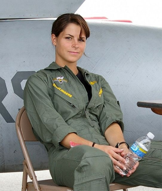 US Navy pilot Lt. Tremel of VFA-105 at an air show in Rome - 2009. She is beautiful.  (by damopabe on Flickr)