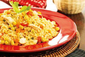 Arroz con pollo tradicional | Sabores en Linea