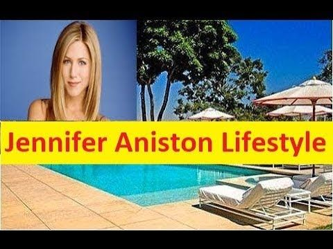 Jennifer Aniston Net Worth, Cars, House, Private Jets and Luxurious Life...