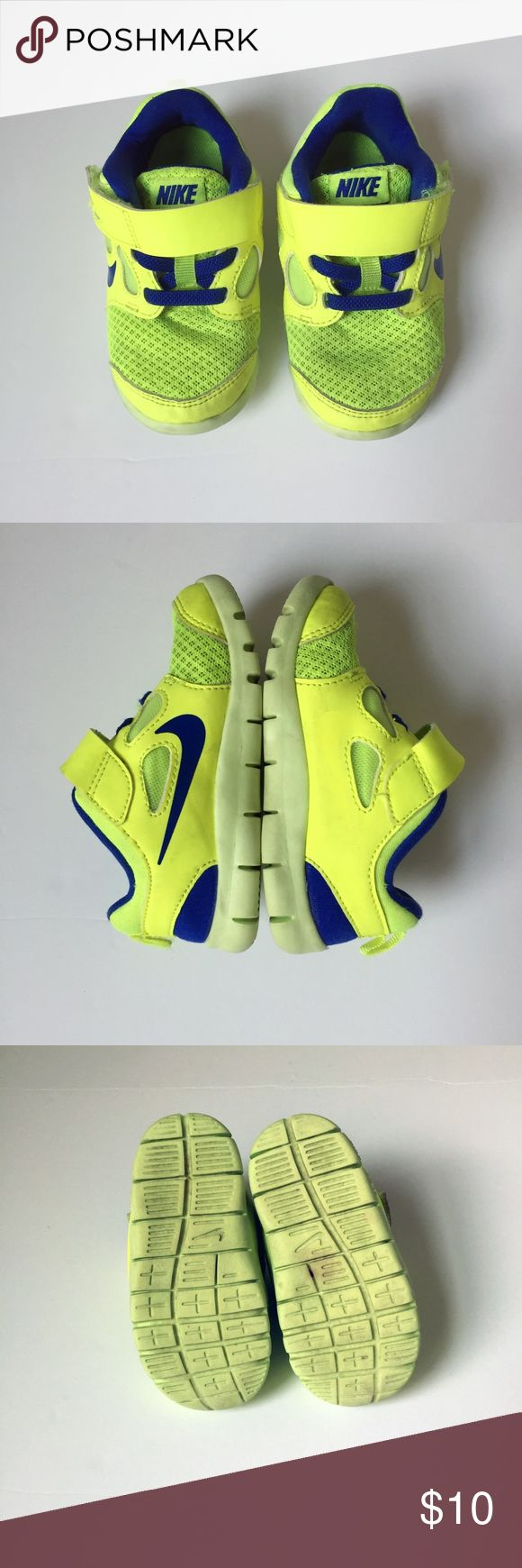 NIKE FREE 5 neon yellow shoes sneakers toddler 7C NIKE FREE 5   easy on/off  velcro closure.  size: 7C toddler  running athletic slip ons slip on comfort first Nike Shoes Sneakers