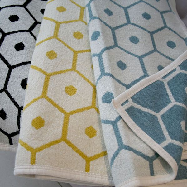 Wool/cotton blanket HONEY in black, lemon and turquoise, PAPPELINA