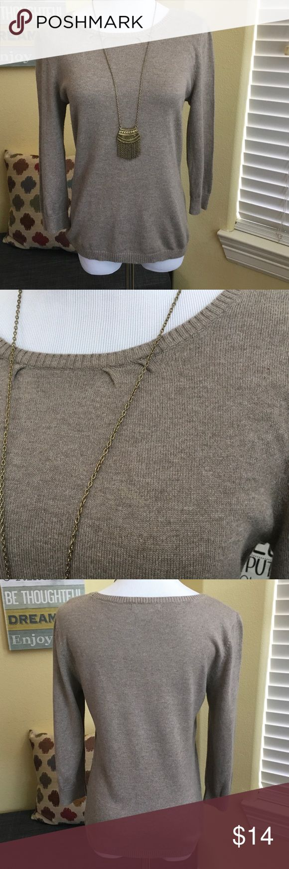 3/4 Sleeve Boat Neck Sweater This sweater is made from lightweight fabric that is soft and thin which makes it a great layering piece. Pair with a white collard shirt and roll up the sleeves with a chic look that will compliment your pencil skirt or dark denim skinny jeans. This top is lightweight and can be worn year-round over a sundress or paired with shorts and sandals for the beach! There is a small stain area that is not too noticeable. The price reflects this minor imperfection…