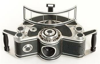 I'd like to know the story of this one.: Camera Pr0N, Meopta Pankopta, Interesting Photography, Pankopta Panoramic, 12 Classic, Classic Camera, Panoramic Camera, Photography Gears, Unusual Camera