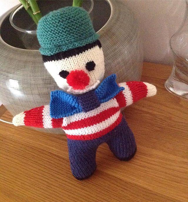 Pour un petit garçon qui adore les clowns .... #clown #faitmain #faitparmesdixdoigts #faitparmoi #tricot #tricotaddict #tricoter #passiontricot #phildar #phildaraddict#phildarlove #monprojetphildar#partner3