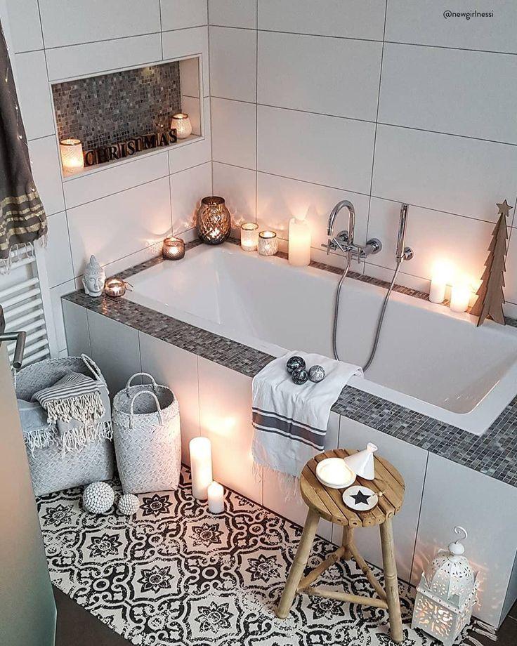 HOME SPA – Relaxen im eigenen Bad!In einem behaglichen Wohlfühlbadezimmer lässt es sich wunderbar entspannen und neue Energie tanken. Stylische Möbel in zarten Farben, edle Armaturen und einzigartige Deko-Accessoires sorgen für ein Ambiente wie im Fünf-Sterne-Spa. Mit diesen Interior Pieces veredelst Du Deine neuen Lieblingsort im Handumdrehen. ?:@newgirlnessi // Badezimmer Badewanne Ideen Deko Spa#Badezimmer #Badewanne#Badezimmerideen #HomeSpa#Spa