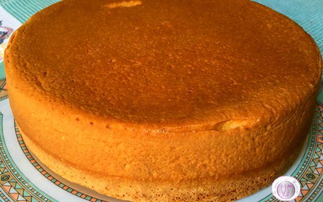 Ricett del pan di Spagna con africano mix Volete realizzare un pan di Spagna morbido, alto, soffice, leggero e spugnoso? Seguite la mia ricetta e il risultato sarà sorprendente. Infatti, tra gli ingredienti è presente anche una farina strepi #ricette #cucina #dolci #torte