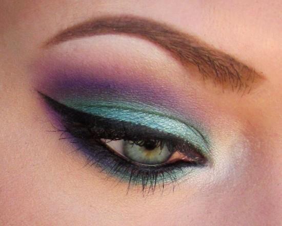 Sleek blue and purple eyeshadow