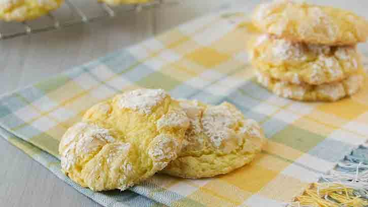 Craving cookies? These fresh lemon cookies can be made with only 4 ingredients!