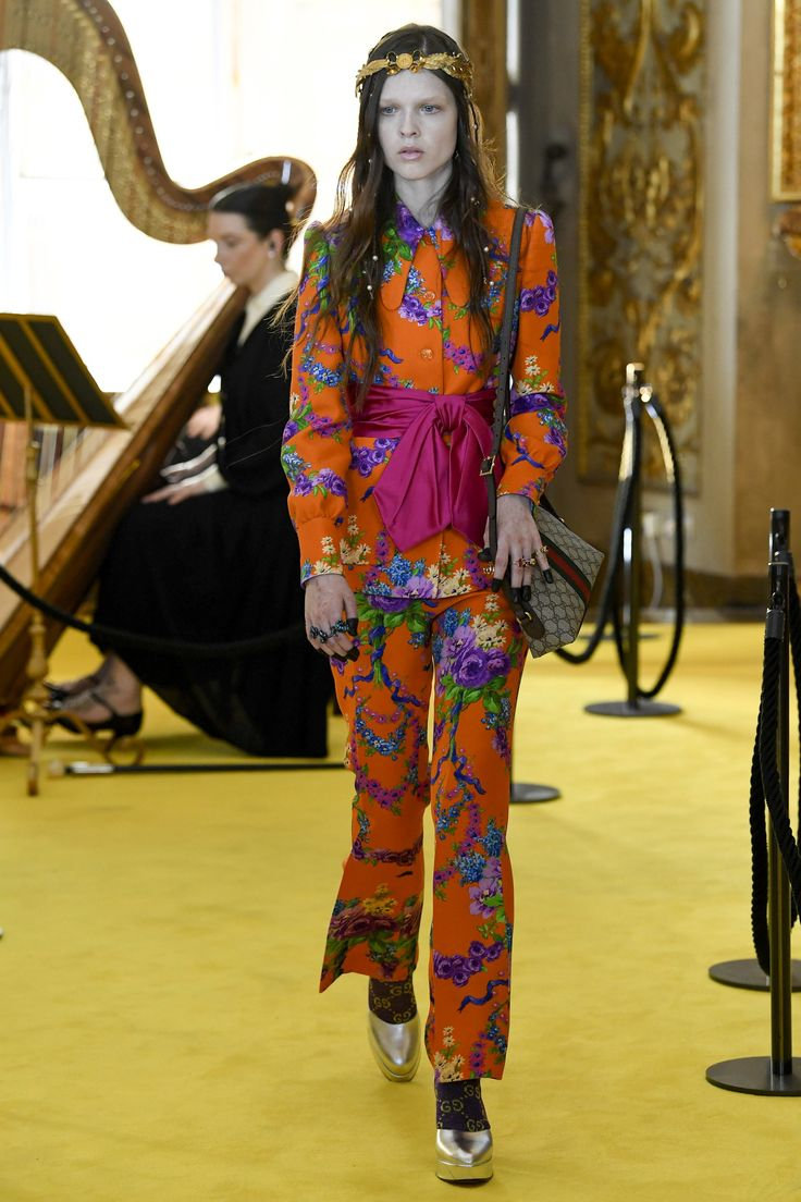 Gucci Resort 2018 collection.