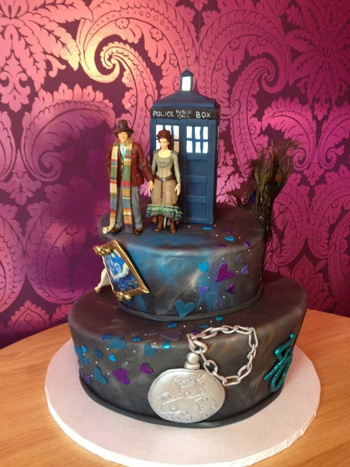 Finding The Perfect Wedding Cake - Dr Who